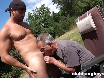 Old gay man sucks young nepher's dick