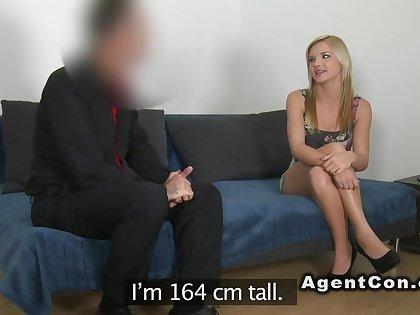 Skinny masseuse fucks in casting