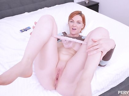 Fuck put emphasize redhead in that pink pussy until it drips sperm outside