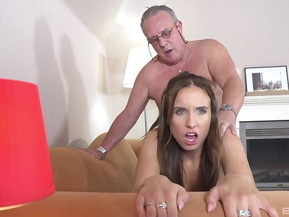 Gorgeous Azure Angel is not dissatisfied wits this old man's fuck ability