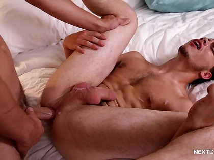Nude anal sex leads hairy twink to irrational orgasms