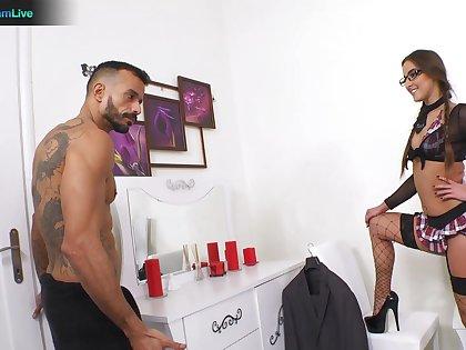 Hot ass pornstar Amirah Adara craves for balls deep anal sex